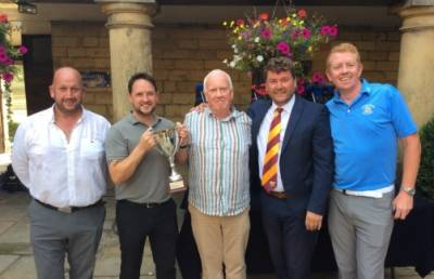 GIANTS STRIKE SUCCESS WITH GOLF DAY